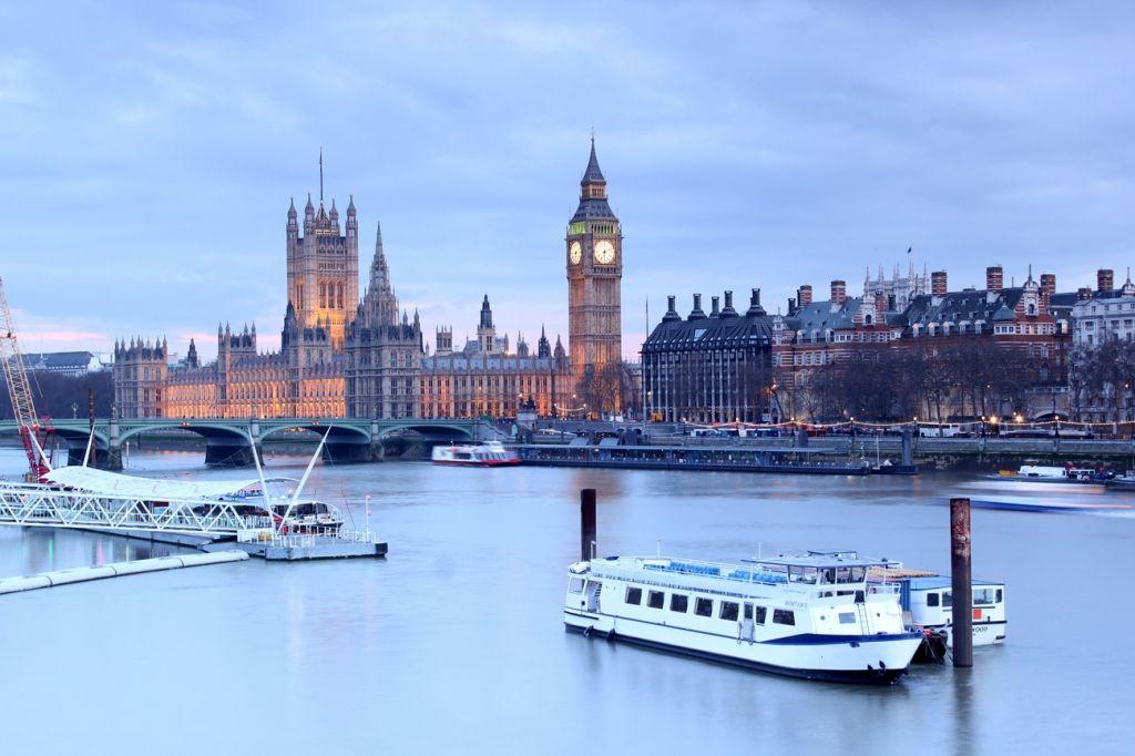 river boat London