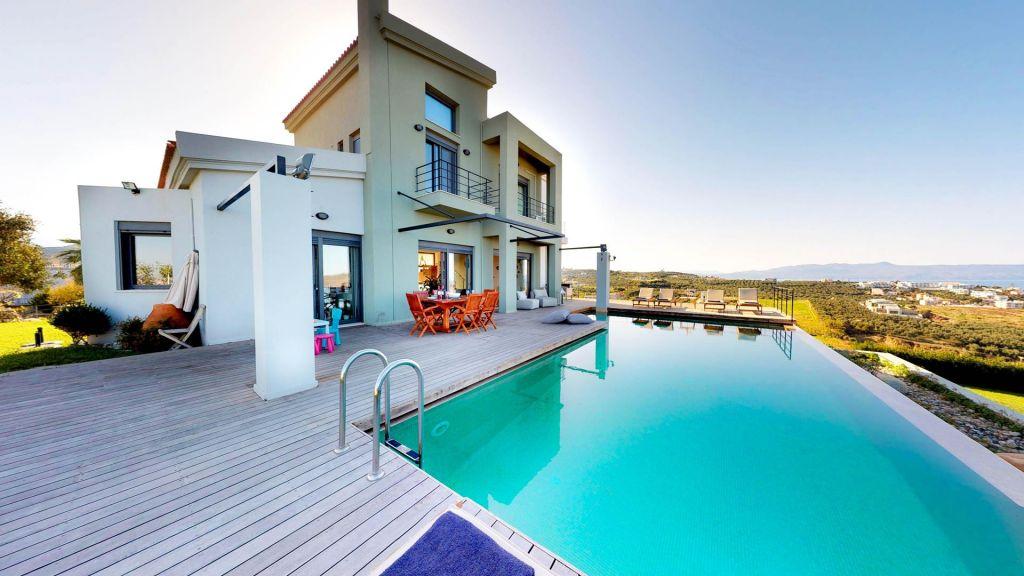 Paradise villa in Chania Crete