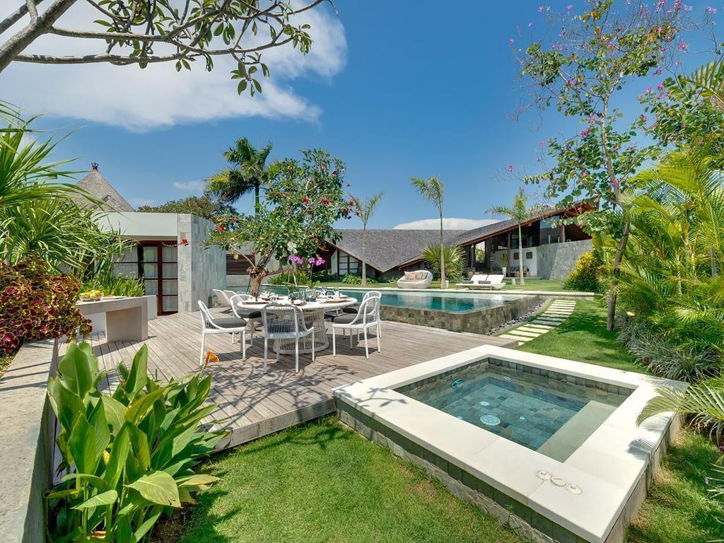 The Layar Villas Bali Seminyak