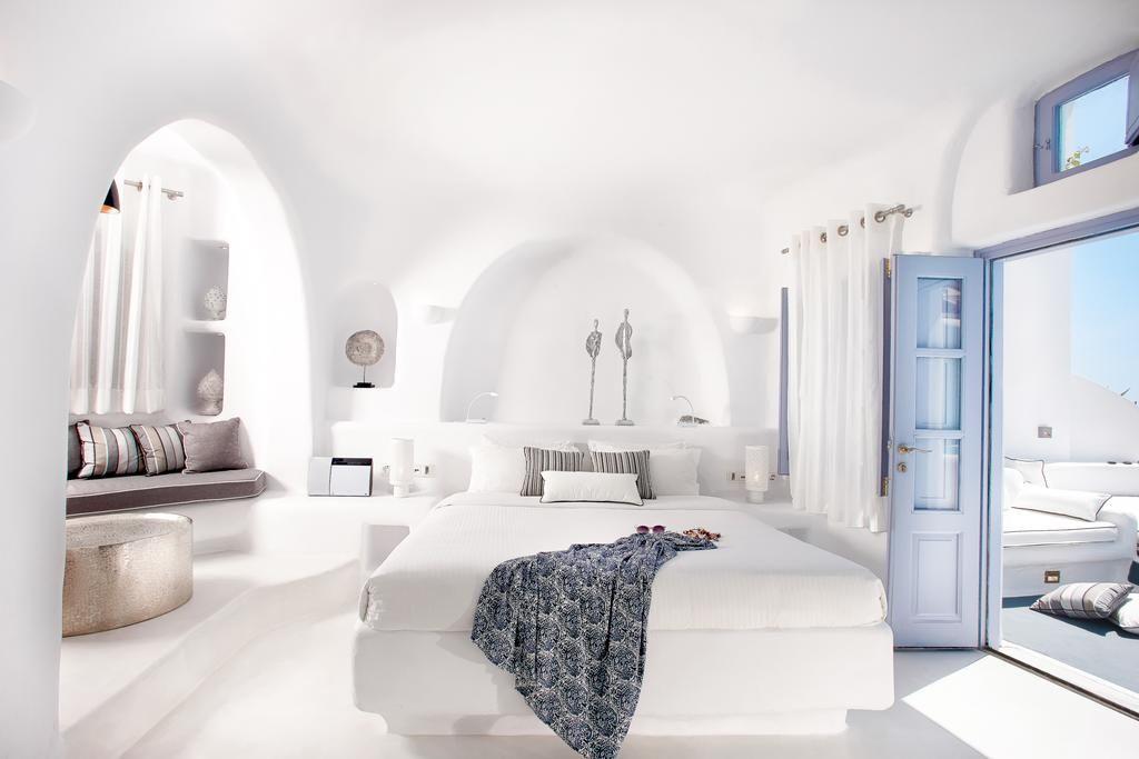 Honeymoon Villa at Dana Villas Santorini