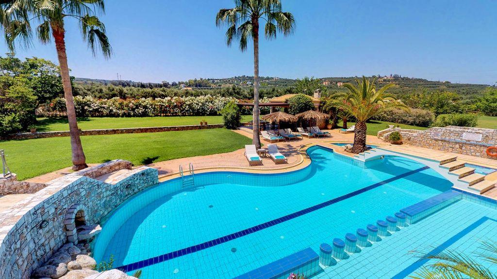 Pool at Natale Villa Chania
