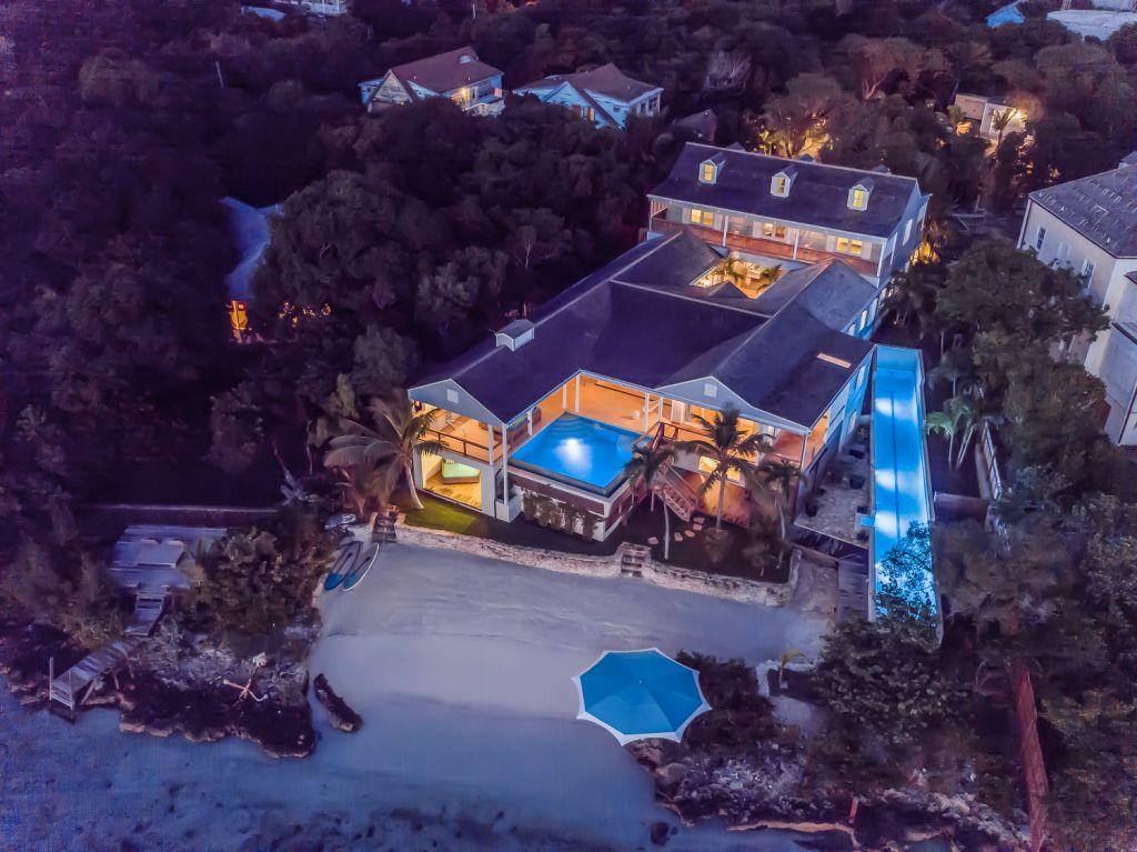 Beach Villa - King's View Villa Bahamas