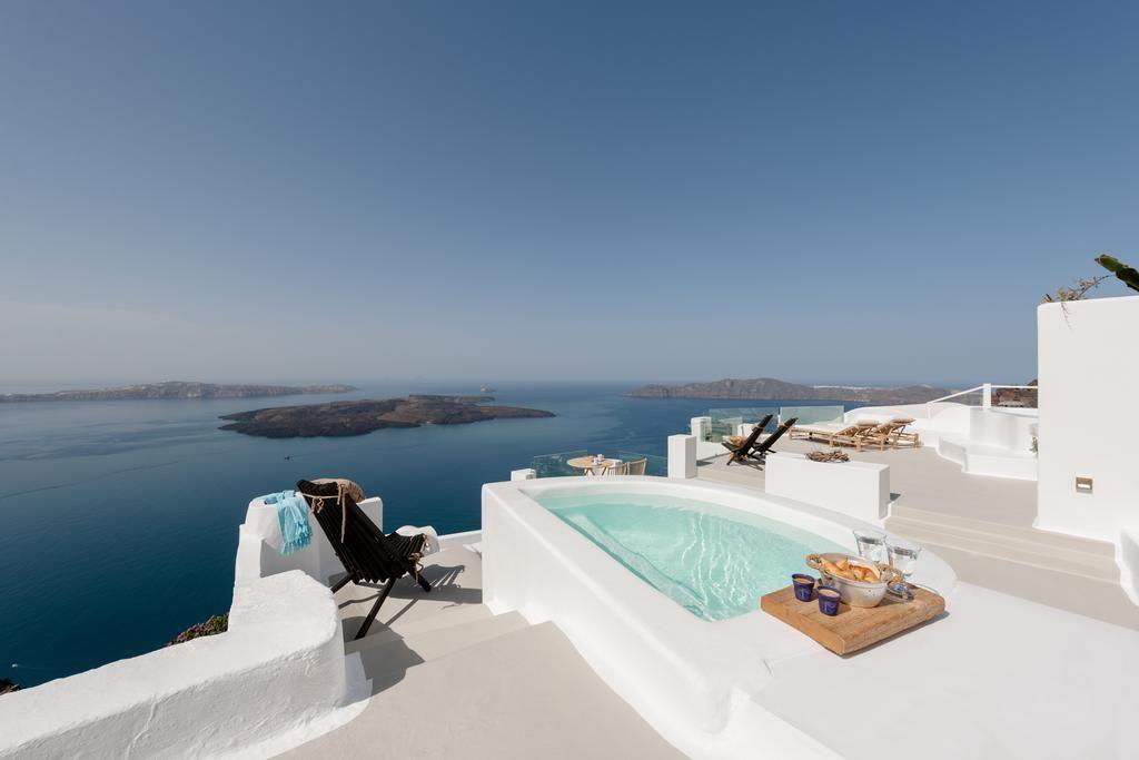 Honeymoon Suite at Cocoon Suites Santorini