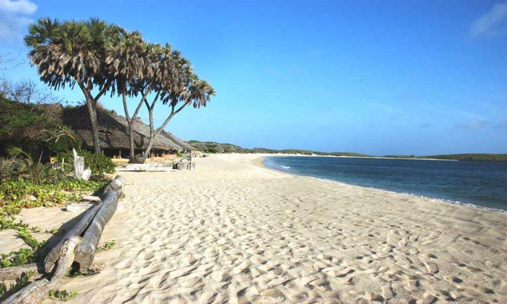 Kiwayu Beach Kenya