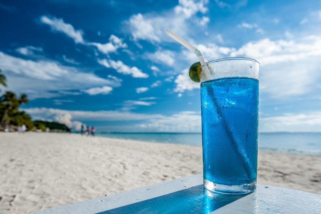 bar hopping Boracay Island