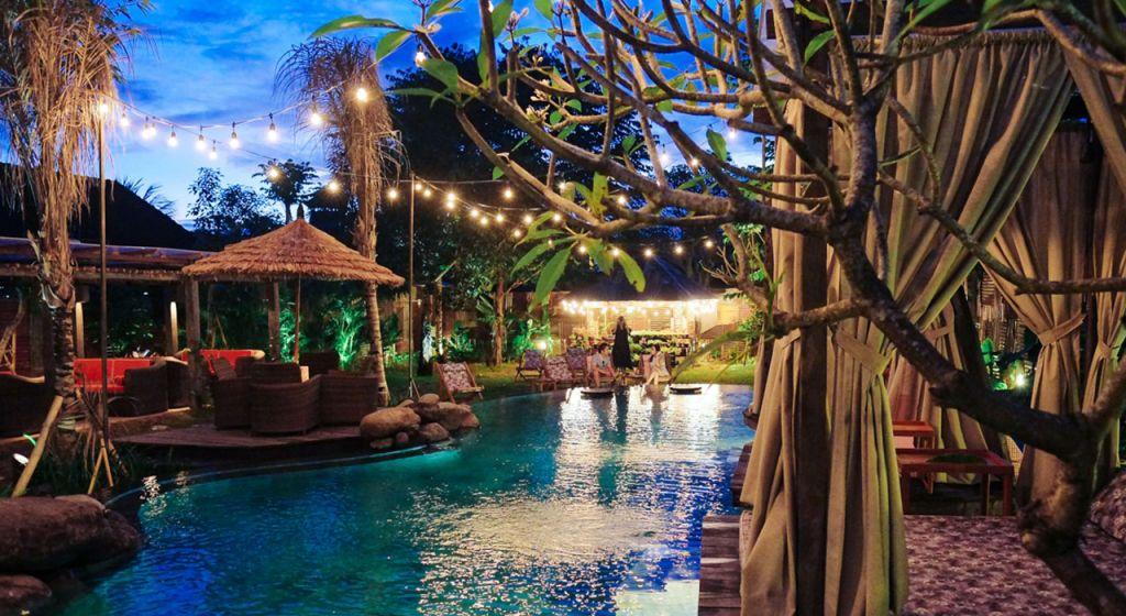 Folk Pool and Gardens Ubud,Bali