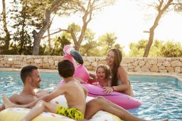 TRAVELING TO IBIZA WITH CHILDREN