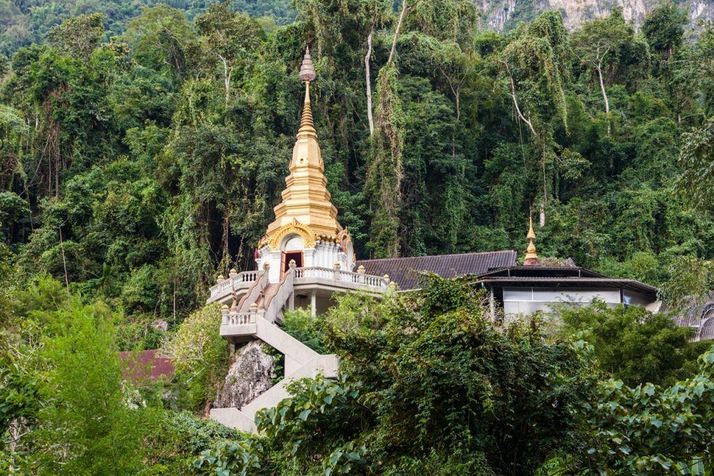 Wat Tham Pha Plong Thailand