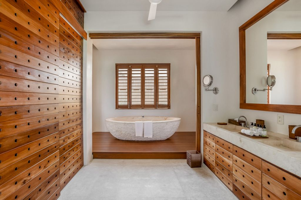 Casa-Ikal-Tulum-bathroom