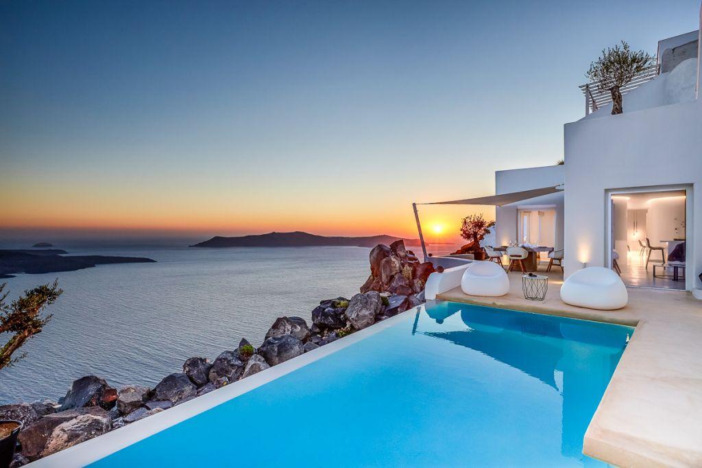 Villa Etheras Santorini