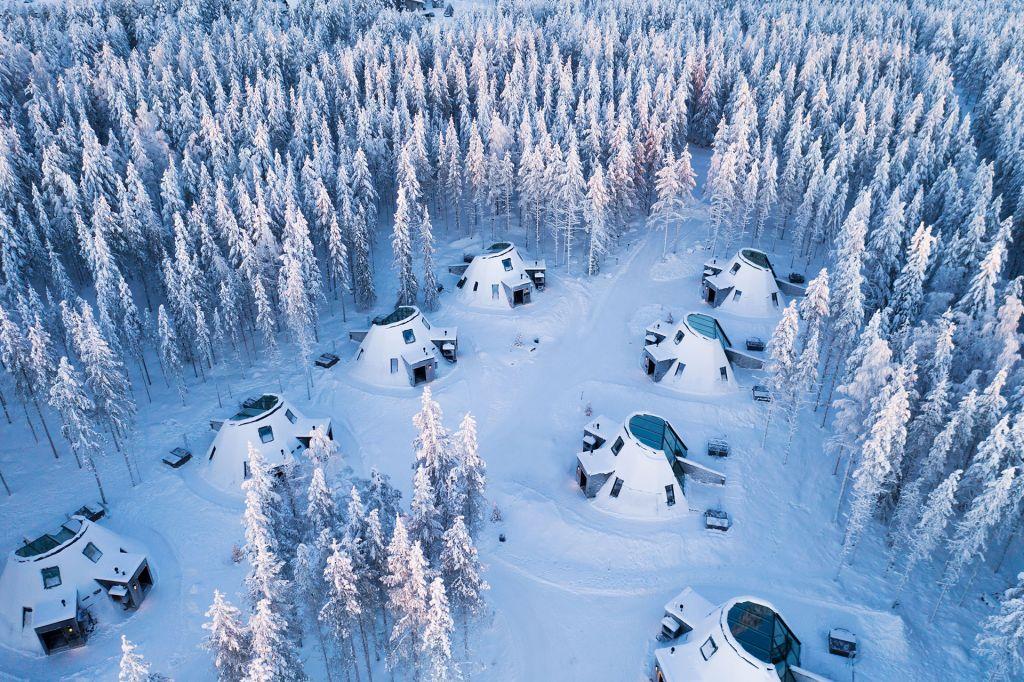 Glass Resort at Snowman World Rovaniemi 1