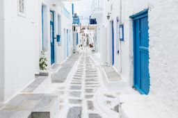 a tour of Mykonos Town