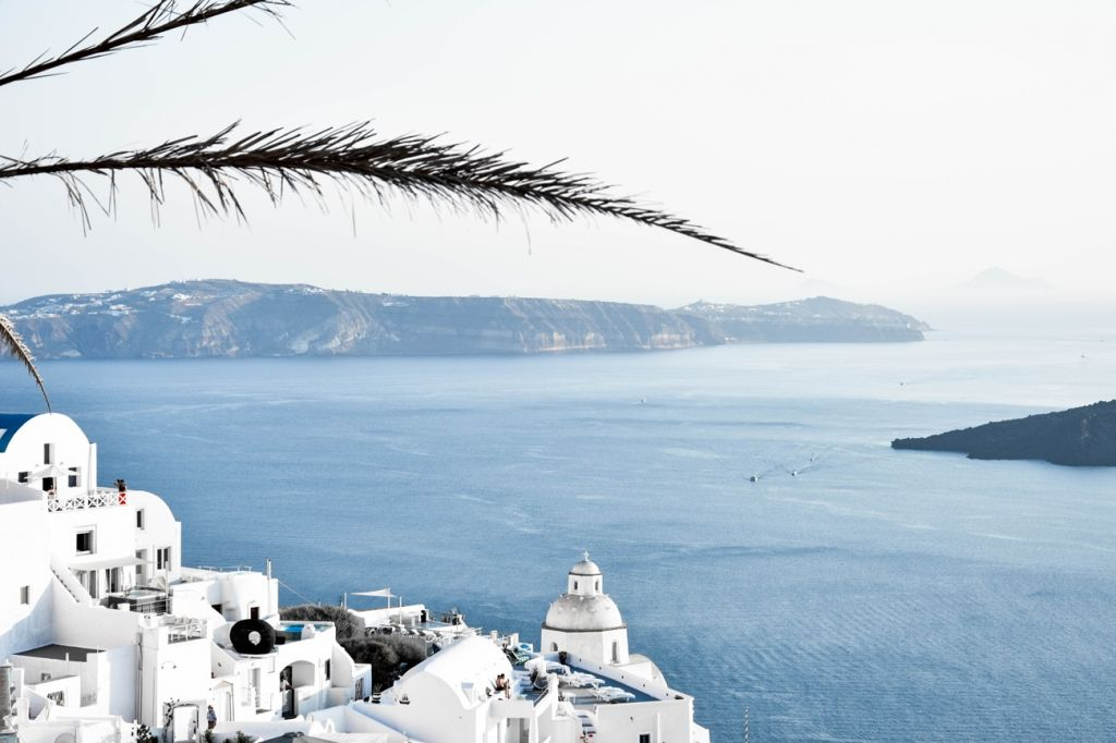 the most instagrammable spots in Santorini 1