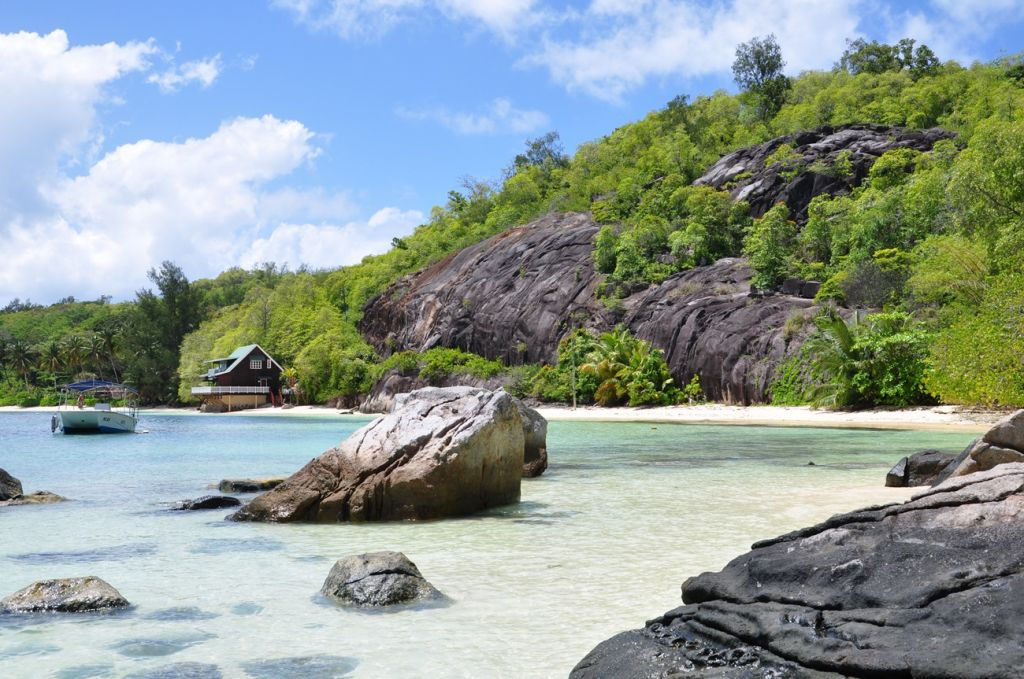 hopping Seychelles