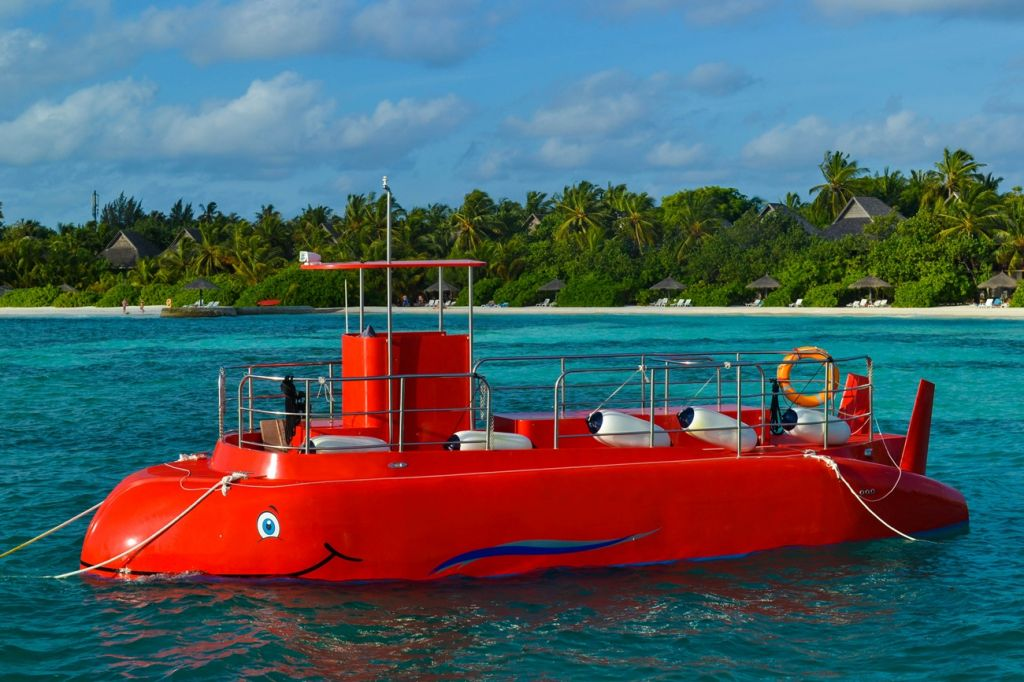submarine Maldives