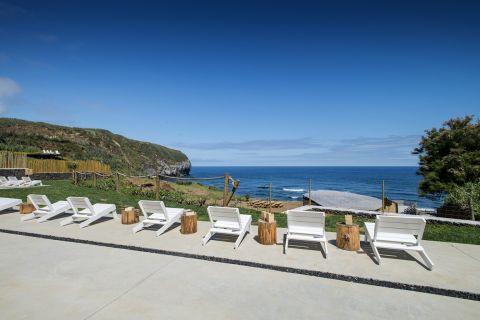 Retreat Villas 2BR at Santa Barbara Eco Resort