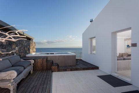 The Villa at White Azores