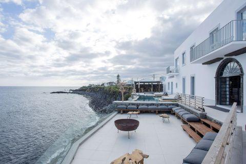 Unique Suites at White Azores