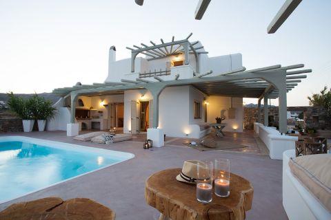 Grand Executive Villa