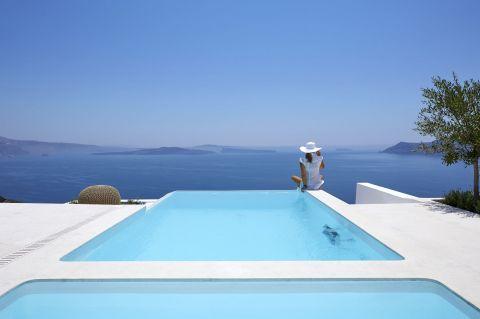 Amaya Serenity Villa Santorini