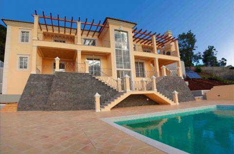 4 Bedroom Villa at Palheiro Village Funchal