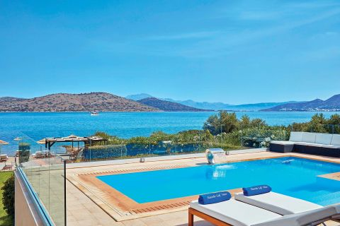 Beachfront Villa Elounda