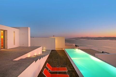 The Edge Summer Villa Paros