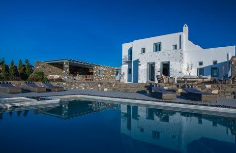 Aelia Luxury Villa Paros