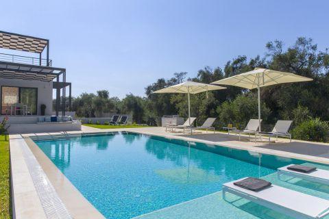 Villa Dione Corfu