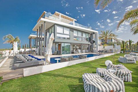 Villa Precious Protaras