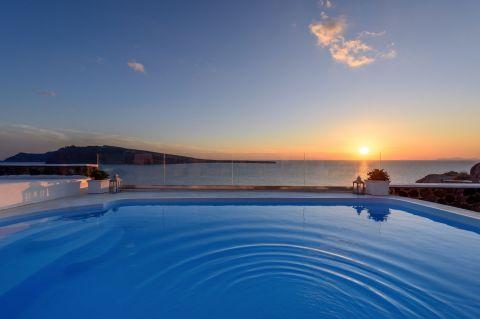 Ode Villa Santorini