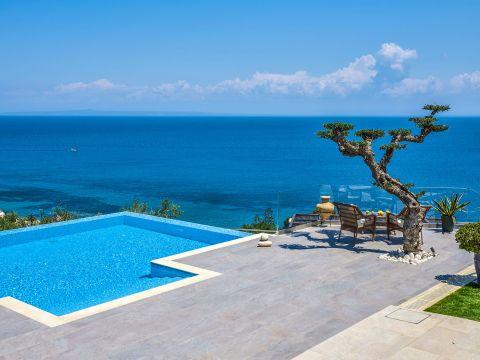 Golden July Luxury Villa Zante