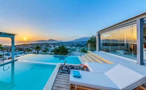Thea Villa Crete