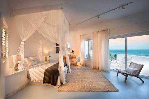 Banque Suite - Santorini Mozambique