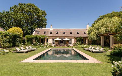 Villa La Rive Cape Town